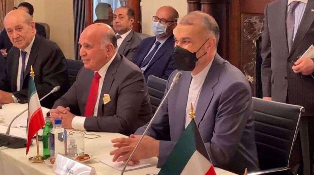 Iran FM: Boosting ties with neighbors, region priority of new govt.