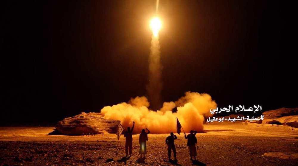 Massive blasts after Yemeni missile hits Saudi militants base
