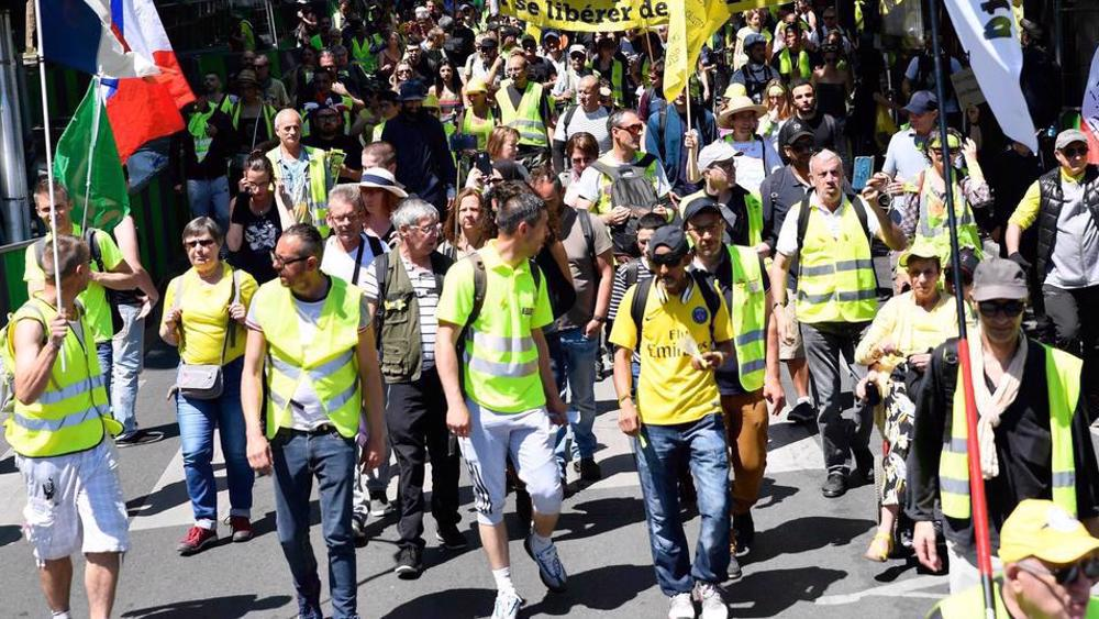 'Yellow Vests' protesters rally in Paris