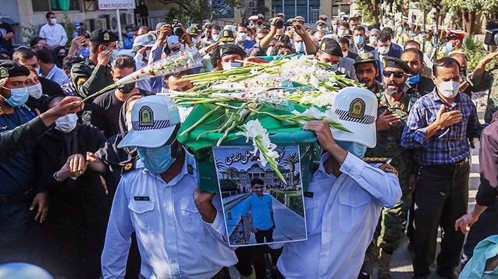 Leader agrees to attribute title of martyr to young Iranian hero