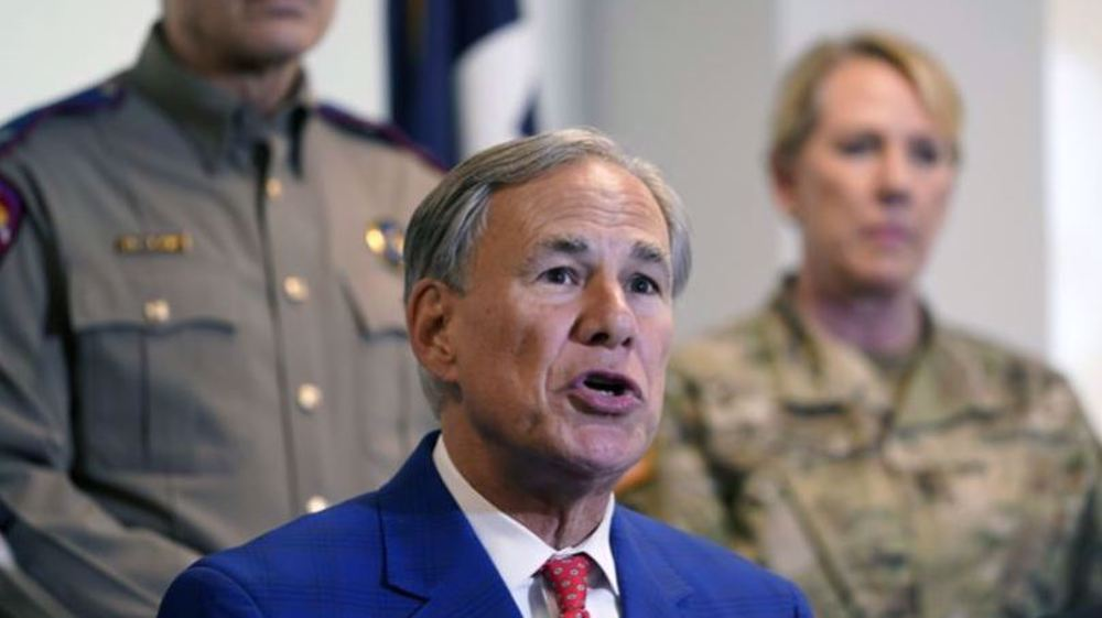 Texas governor defends US agents who whipped migrants