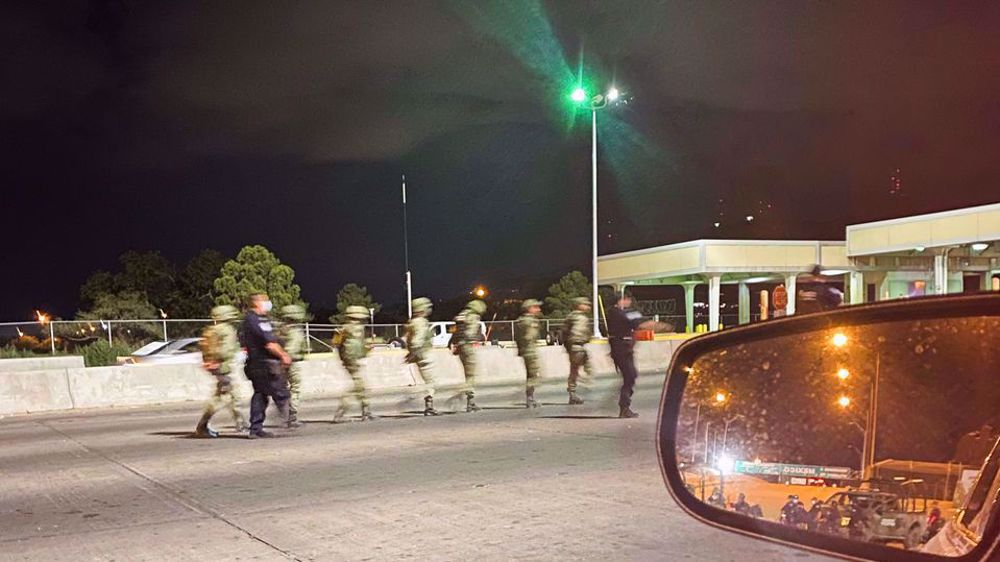 US border agents detain 14 Mexican soldiers in El Paso