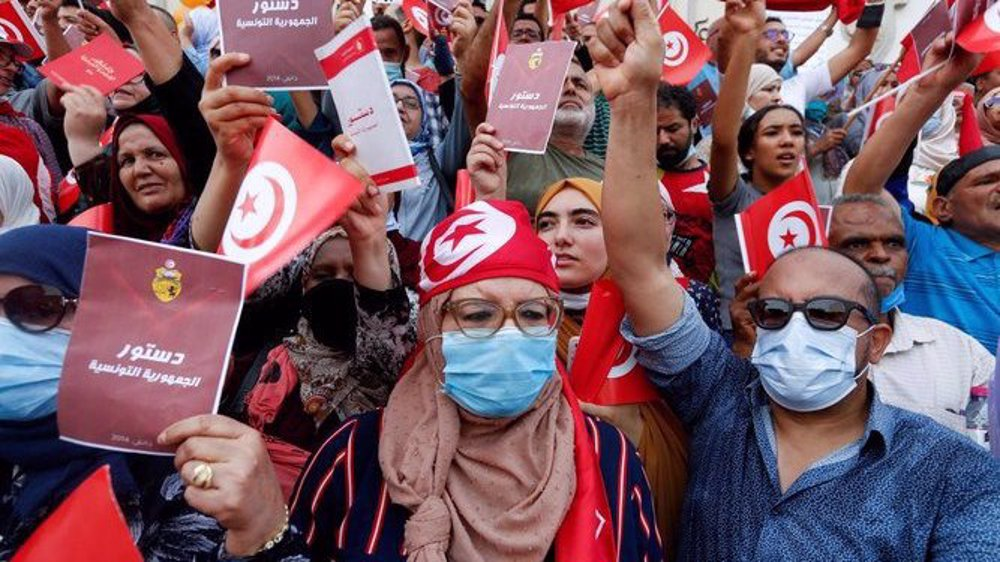 Tunisia turmoil: Thousands call on Saied to resign as opposition deepens