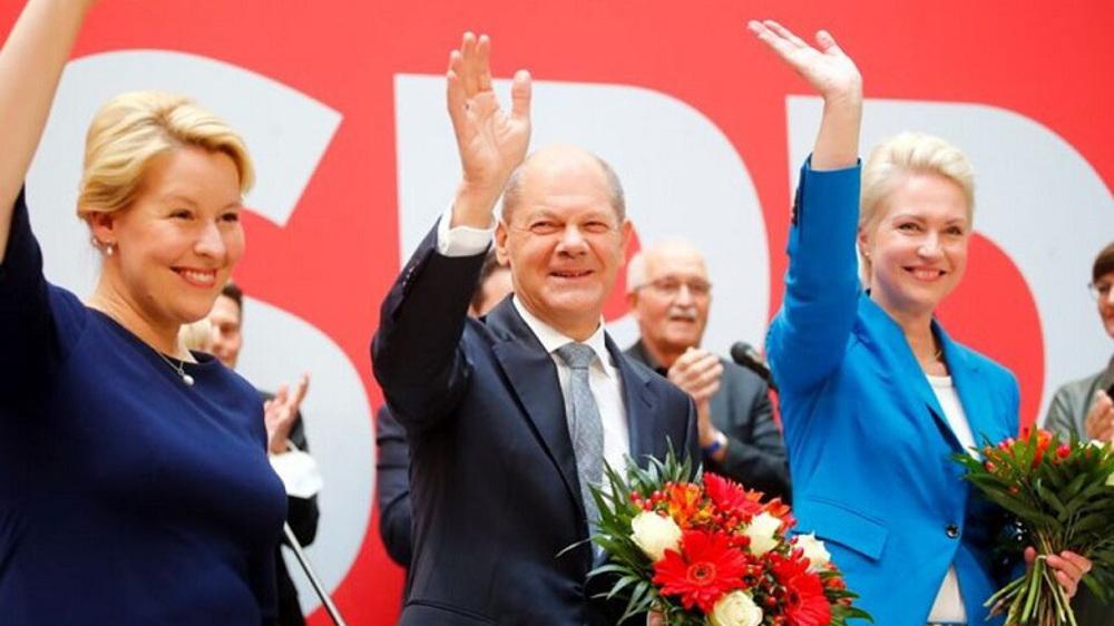 Germany's Social Democrats seek allies to replace Merkel-led coalition