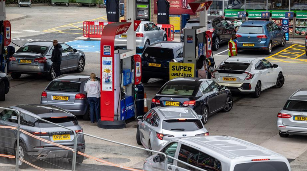Pumps run dry in UK fuel crisis