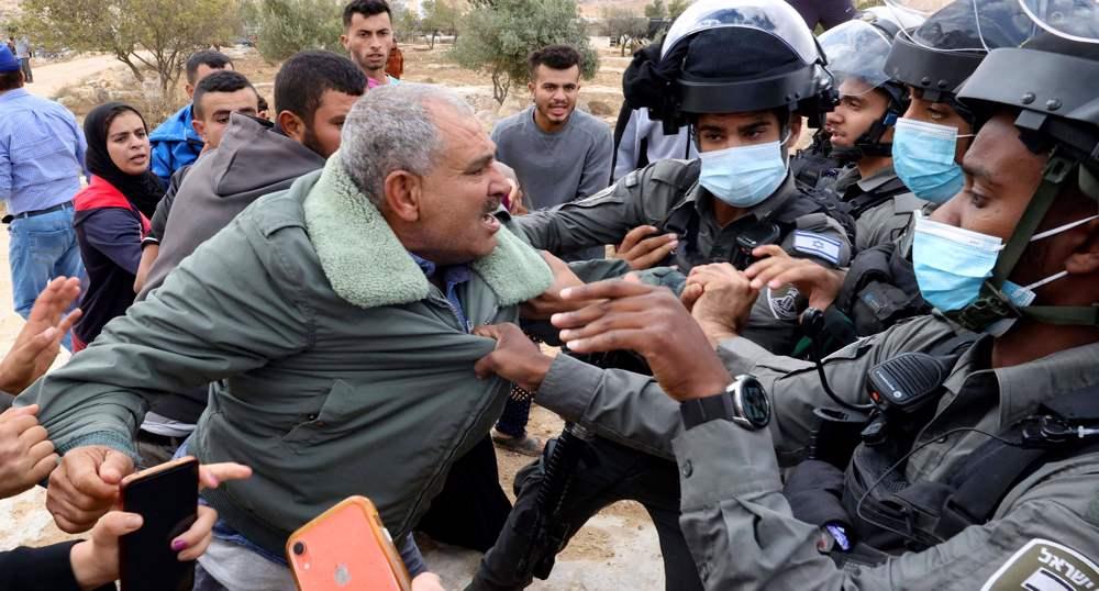 UK Labour passes motion to slam Israel's 'ongoing Nakba in Palestine'