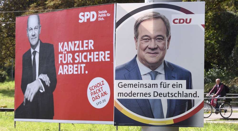 Merkel asks Germans to back Conservatives in vote as their popularity nosedives
