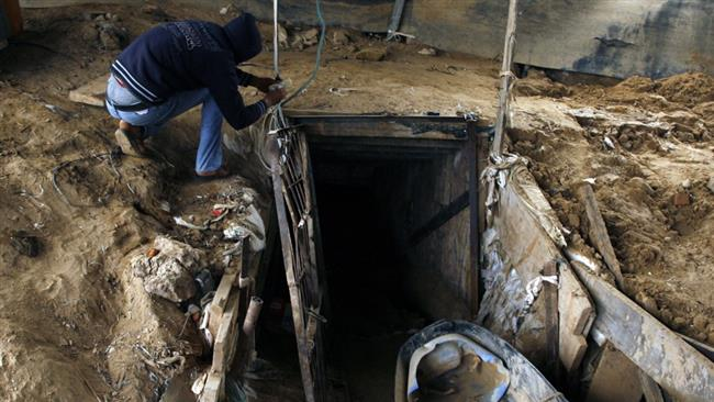 Egyptian army destroys more Gaza tunnels