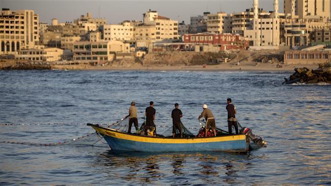 Gaza fisherman injured in Israeli airstrike