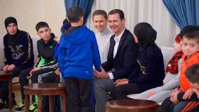 Syrians welcome freed women, kids in Latakia