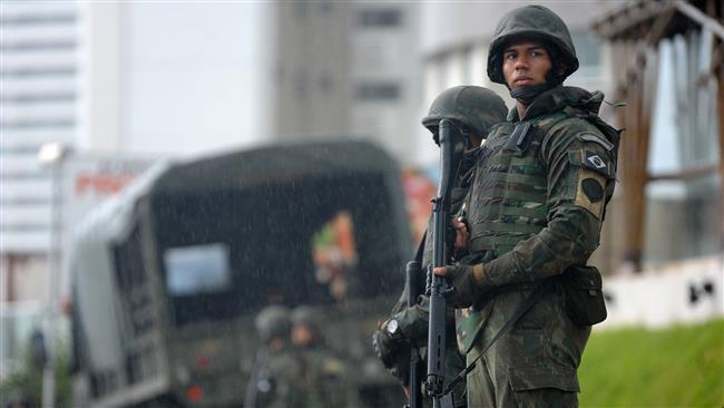 Brazilian army deploys troops to Rio streets