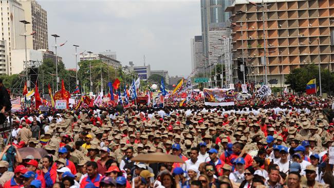 Pro, anti-government rallies held in Venezuela