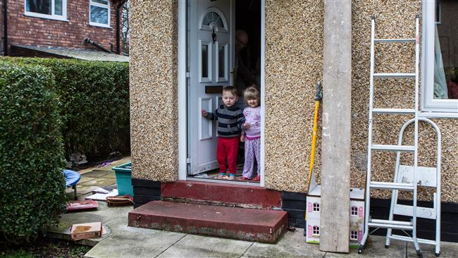 Nearly half of kids in UK live in poverty: Study