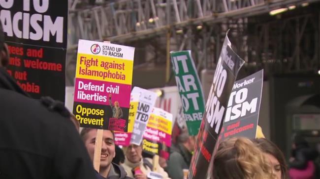 UK Islamophobic march in Birmingham draws protests