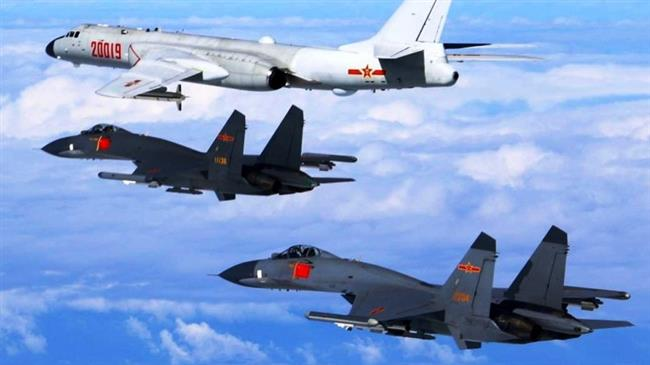 Chinese aircraft fly around Taiwan amid tensions