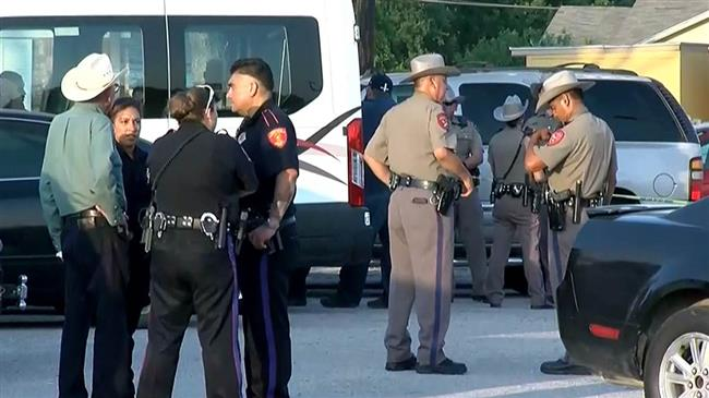 Texas mass shooting leaves 5 dead, including gunman