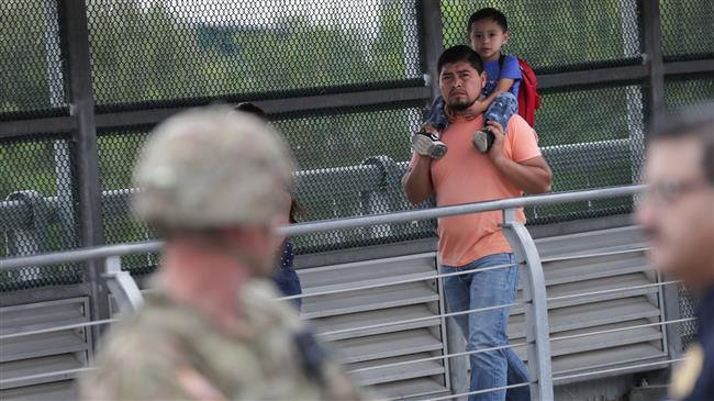 US detained record number of migrant families last month