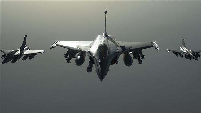 Fresh US-led airstrikes leave 14 Syrian civilians dead