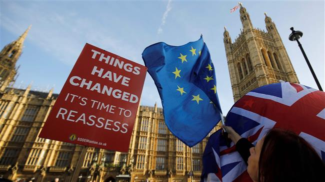Majority in UK favor second Brexit referendum: Poll