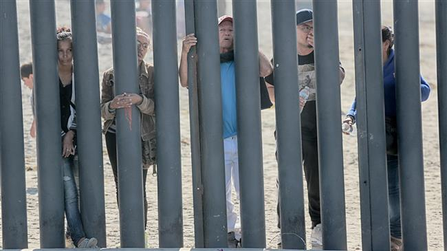 US to return migrants to Mexico while cases pending