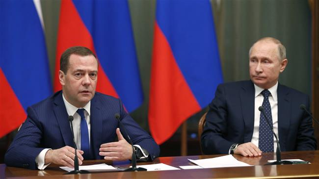 Russia hits Ukraine with sanctions in 'tit-for-tat' move