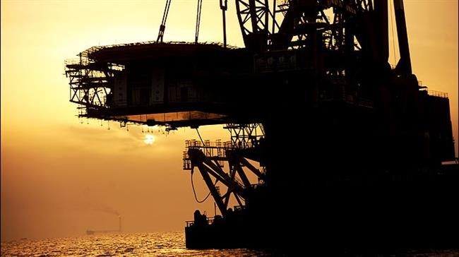 Iran firms in talks to develop South Pars oil layer