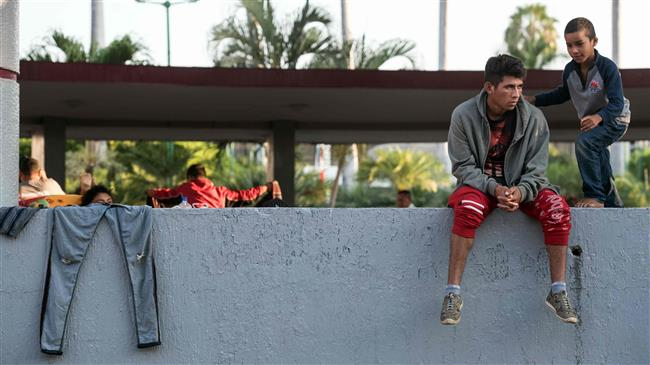 Mexico 'not to accept return of at-risk migrants from US'
