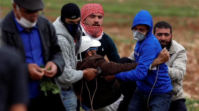 Israeli forces shoot, injure 19 Palestinians in West Bank