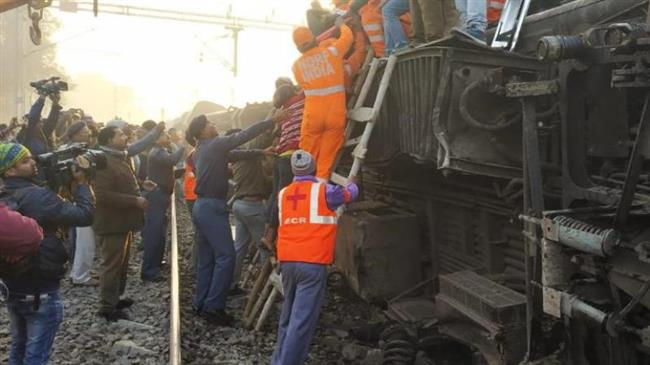 Train derails in eastern India; at least 7 people dead