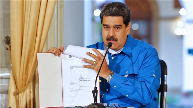Venezuela to defeat crazed minority of opponents: Maduro