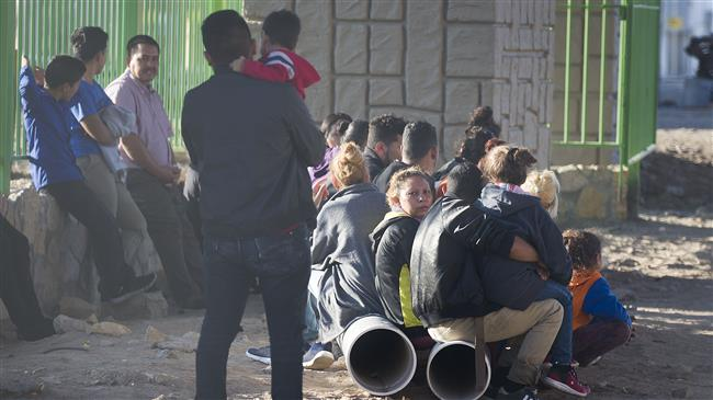 Migrants complain of conditions at US detention centers