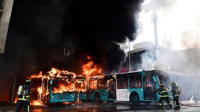 Soldiers, demonstrators clash in Chilean capital