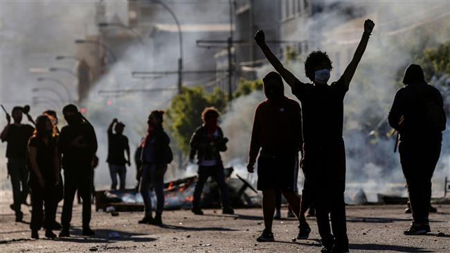 Chile extends emergency state as protests turn deadly