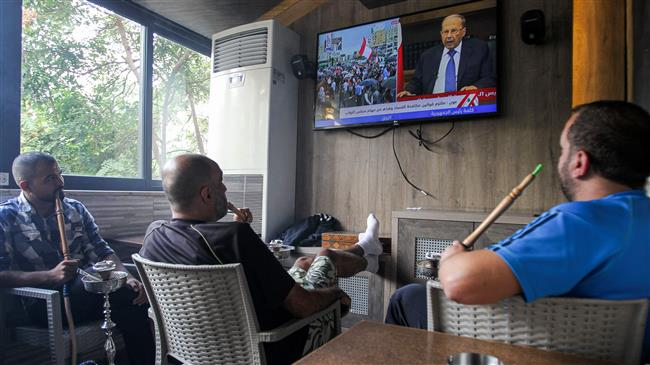 Lebanon's Aoun says willing to meet protesters