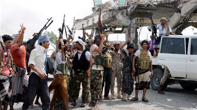 Saudi-backed militants take military camp in Yemen's Socotra