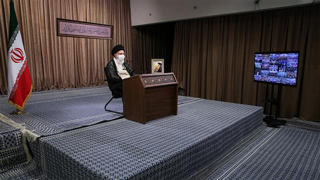 Leader: Sacred Defense proved invading Iran very costly