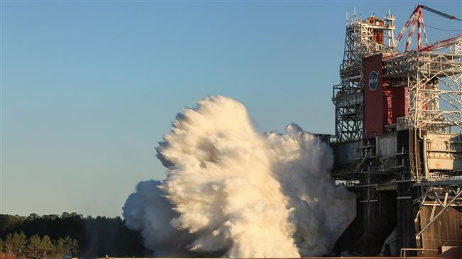 NASA 'hot fire' test of moon rocket system ends abruptly