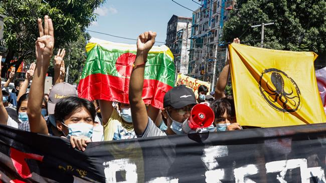 Myanmar junta pounds town with airstrikes, artillery to crush anti-coup fighters