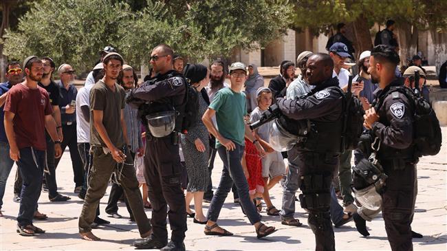 OIC, Muslim states condemn Israeli settlers' aggression against al-Aqsa Mosque