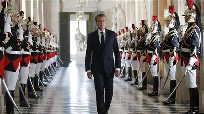 Paris craint un coup d'Etat militaire?