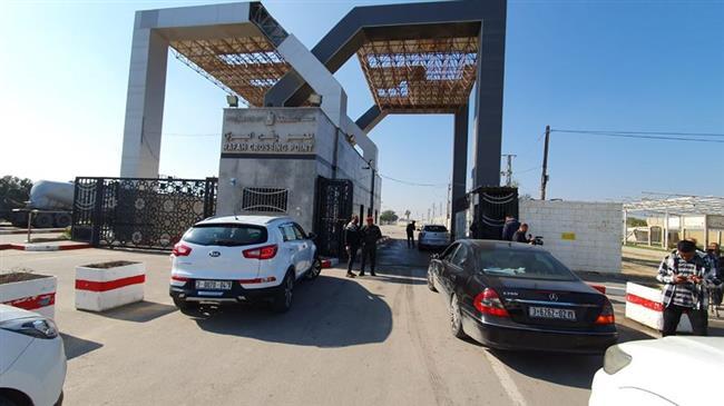 Egypt closes Gaza's Rafah crossing on both sides, gives no explanation