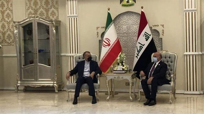 Que fait Macron en Irak?