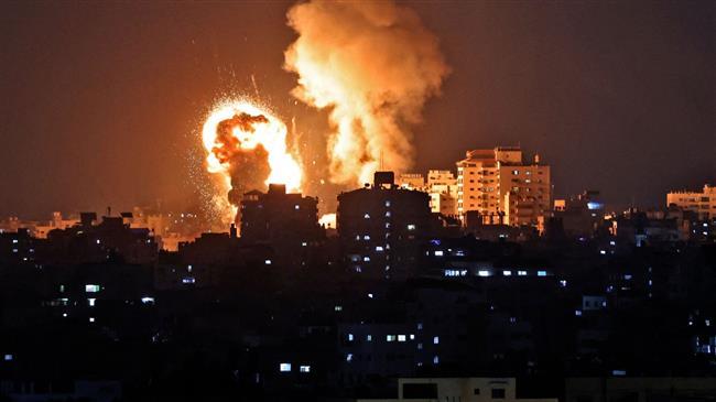 Israeli warplanes attack Hamas sites in Gaza Strip over fire balloons, demos