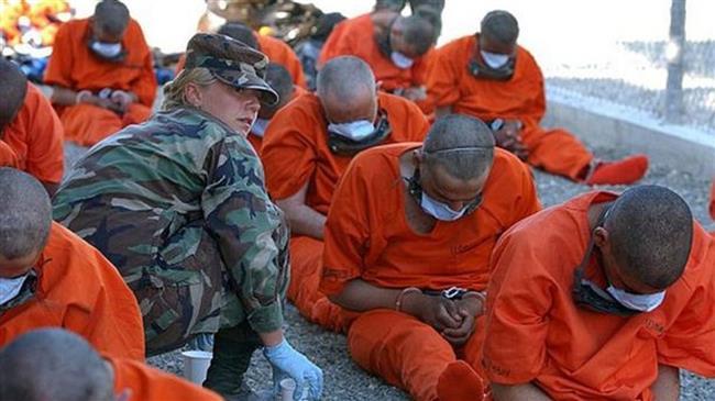 Collabos afghans : combinaison orange de retour?!