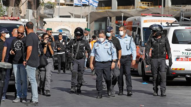 Israeli forces seriously injure Palestinian teenager over alleged stabbing attack