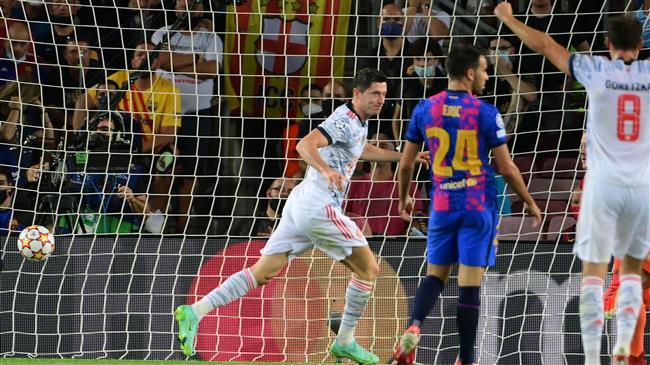UEFA Champions League: Bayern outplay Barcelona
