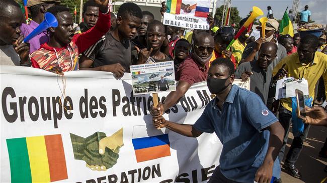 Mali: Barkhane fuit les Russes ou ...?